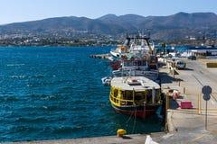 Bulwar nabrzeżny elita turystyczny grodzki Agios Nikolaos obraz royalty free