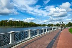 Bulwar Verkhnee jezioro Kaliningrad Obrazy Royalty Free