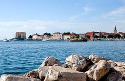 Bulwar w starej części towne Porec, Chorwacja Fotografia Royalty Free
