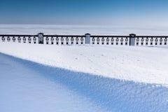 Bulwar zakrywający z śniegiem Zdjęcia Stock