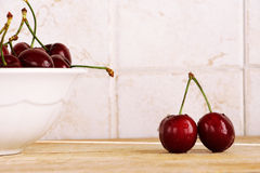A bunch of fresh cherries in a bowl Royalty Free Stock Photography