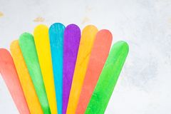 Free Bunch Of Colorful Popsicle Sticks For Arts And Crafts Stock Photo - 167394950