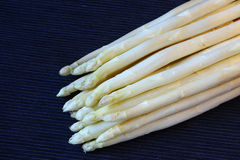 Bunch of white asparagus Royalty Free Stock Photos