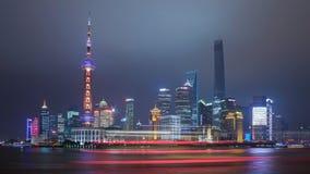 Bund de Changhaï dans la nuit Image libre de droits