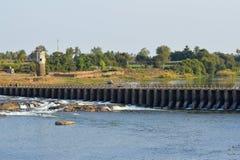 Bund sul fiume di Krishna vicino a Sangli, maharashtra fotografie stock libere da diritti