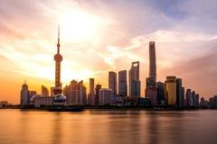 Bund wschód słońca Kwiecień 16 2018 w Szanghaj Chiny fotografia royalty free