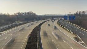 Bundesautobahn 7 el Autobahn alemán más largo y la autopista nacional más larga de Europa Timelapse del tráfico en A7 almacen de metraje de vídeo