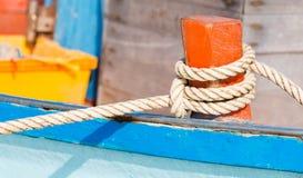 Bundet upp fartyg royaltyfria bilder