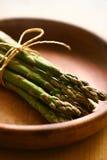 Bundle of fresh asparagus Royalty Free Stock Photos
