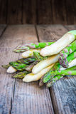 Bundle of fresh organic asparagus Stock Photography