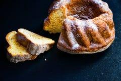 Free Bundt Lemon Cake Royalty Free Stock Images - 105301279