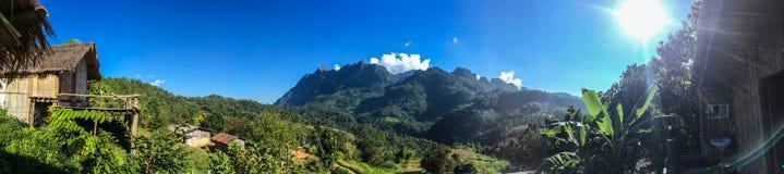 Bungalow i Chiang Dao Mountain Royaltyfria Foton