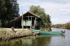 Bungalow no delta de Danúbio imagens de stock royalty free
