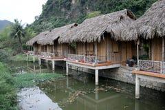 Bungalow seco de Ninh Bihn da baía do halong - Vietname Ásia fotografia de stock royalty free