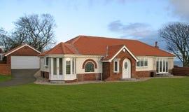 bungalowgarage Royaltyfri Bild