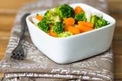 Bunkar av variationsgrönsaker Arkivfoto