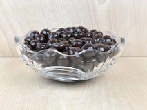 Bunke av dolda jordnötter för choklad Royaltyfri Bild