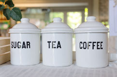 Bunke av kaffete och socker Arkivfoto
