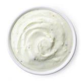Bunke av kiwiyoghurt arkivbild