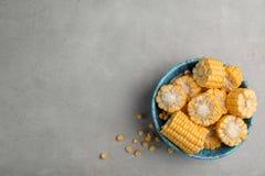 Bunke med smaklig majs arkivbilder