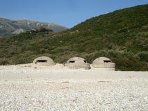 Bunker auf Livadi-Strand Stockbilder