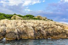 Bunker in Kroatisch eiland Royalty-vrije Stock Afbeeldingen