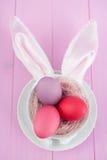 bunny ανασκόπησης τα αυτιά Πάσχα απομόνωσαν το λευκό Στοκ Εικόνες