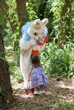 bunny παιδί Πάσχα Στοκ φωτογραφία με δικαίωμα ελεύθερης χρήσης
