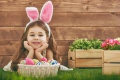 bunny φθορά κοριτσιών αυτιών Στοκ φωτογραφίες με δικαίωμα ελεύθερης χρήσης