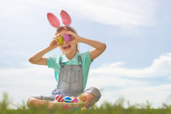 bunny φθορά κοριτσιών αυτιών Στοκ φωτογραφία με δικαίωμα ελεύθερης χρήσης