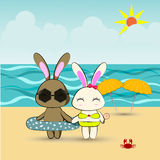 Bunny couple in love on beach vector illustration Royalty Free Stock Photography