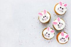 bunny cupcakes Πάσχα στοκ φωτογραφίες με δικαίωμα ελεύθερης χρήσης