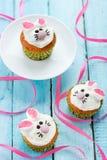 bunny cupcakes Πάσχα Στοκ Εικόνες