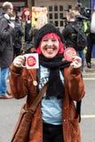 Bunny La Roche en la protesta anti de UKIP en Thanet South Imagen de archivo libre de regalías