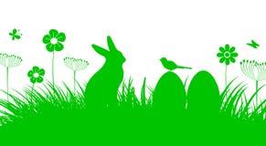 Bunny Sitting In The Meadow mit Osterei, Ostern-Konzept Lizenzfreie Abbildung