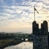Bunrattykasteel in Ierland wordt geschoten dat royalty-vrije stock foto