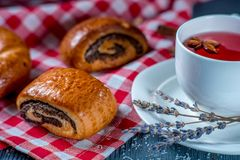 Buns and tea Royalty Free Stock Photography