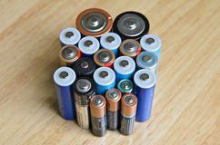 Bunt av batterier Arkivbild