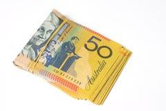 Bunt av femtio räkningar för australisk dollar på vit bakgrund Arkivbilder
