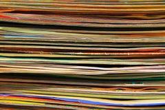 Bunt av gamla tidskrifter för bakgrund Royaltyfri Bild