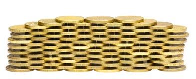 Bunt av guld- mynt som isoleras på vit Royaltyfri Fotografi