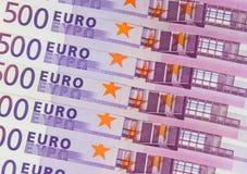 Bunt av kontanta pengar - makro för 500 euroräkningar Royaltyfri Fotografi