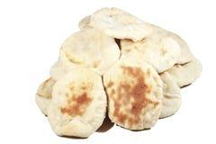 Bunt av nytt bakade Leavened Pitta bröd Arkivfoton