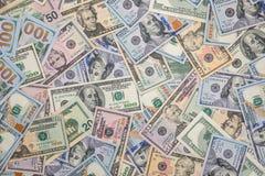 Bunt av US dollar kontant Royaltyfria Bilder