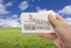 bunt för holding för kortexponeringshand male Fotografering för Bildbyråer