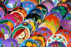 Bunt gemalte Schüsseln lizenzfreies stockfoto