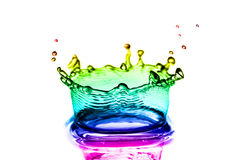 Bunt spritzt vom Wasser Stockfoto