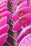 Bunt vom Regenschirm in Chiang Mai-Markt Stockbilder