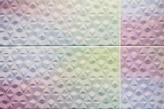 Bunt von den quadratischen Wandfliesen Lizenzfreie Stockfotos