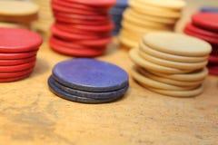 Buntar av pokerchiper Arkivfoto